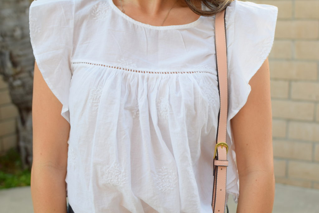 old-navy-flutter-sleeve-top-girl-about-town-blog