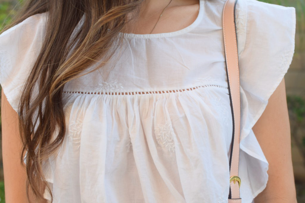 old-navy-ruffle-sleeve-top-girl-about-town-1