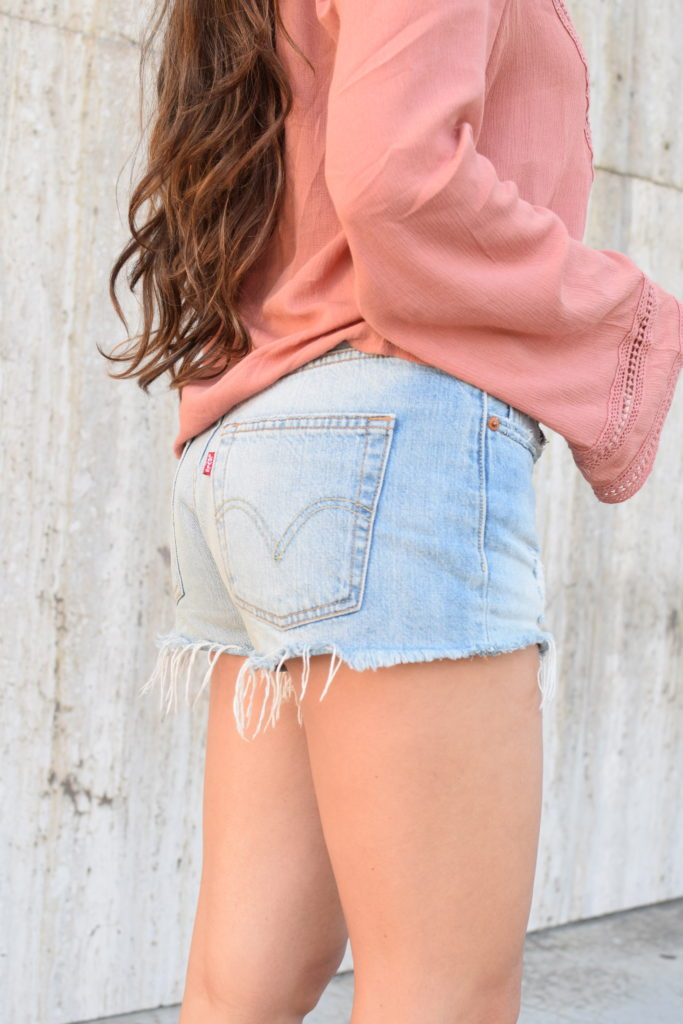 levis-cutoff-shorts