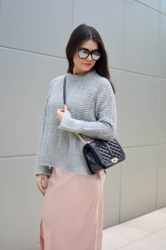 joa-pink-slip-h&m-grey-sweater-2029