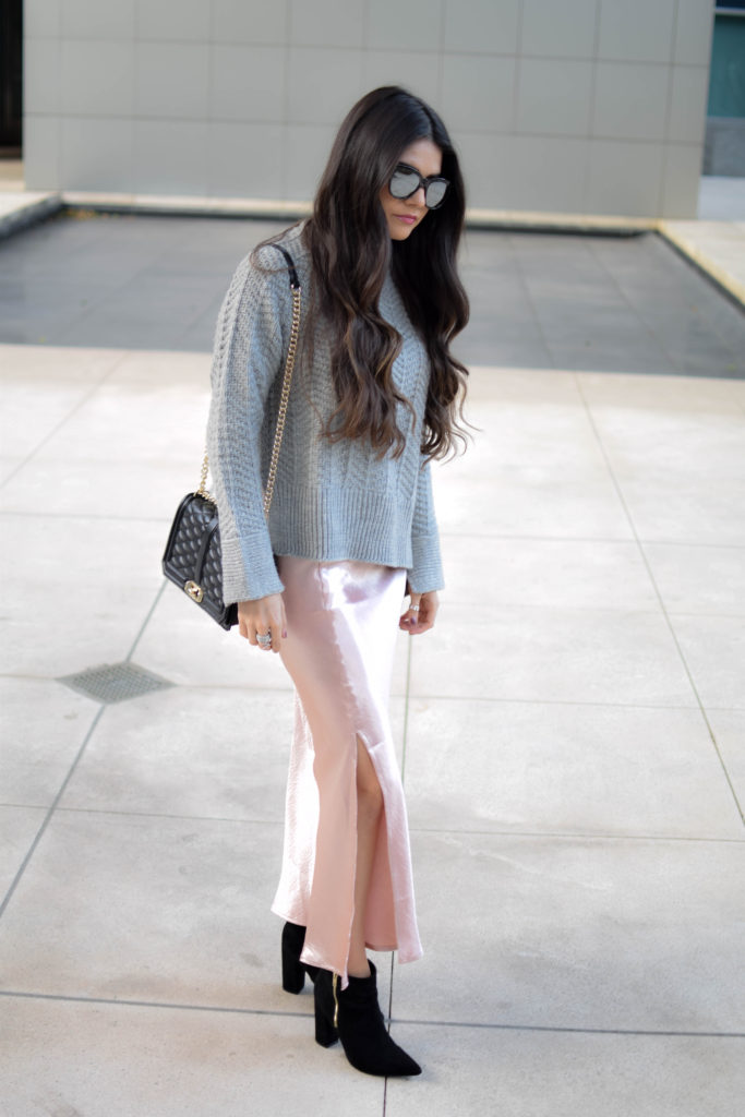 joa-pink-slip-h&m-grey-sweater-2042