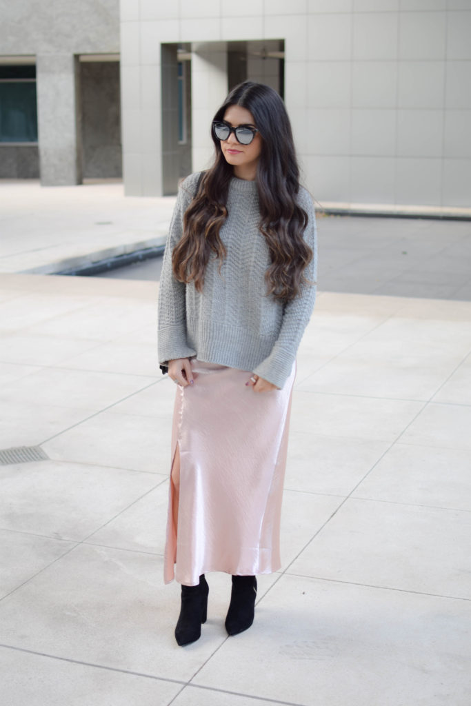 joa-pink-slip-h&m-grey-sweater-2047