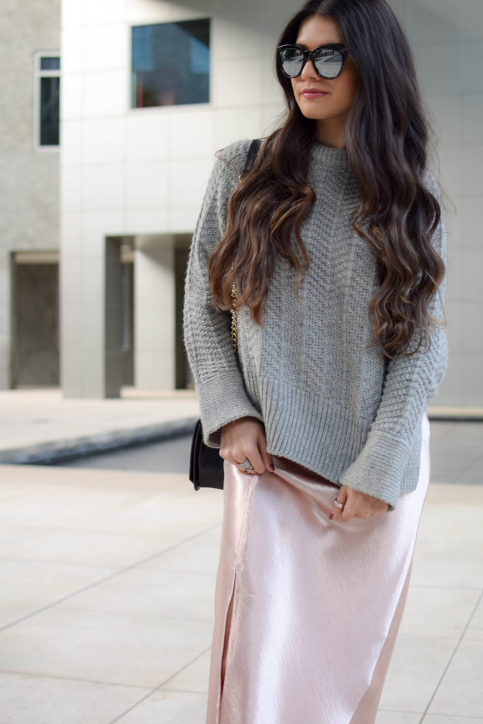 joa-pink-slip-h&m-grey-sweater-2051