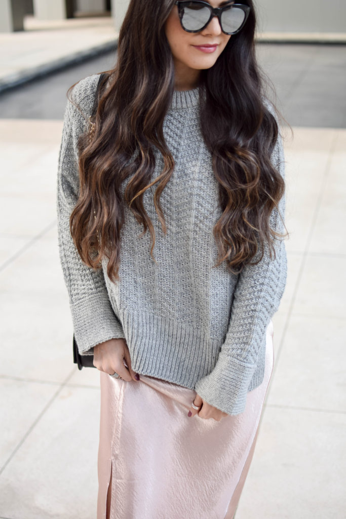 joa-pink-slip-h&m-grey-sweater-2052
