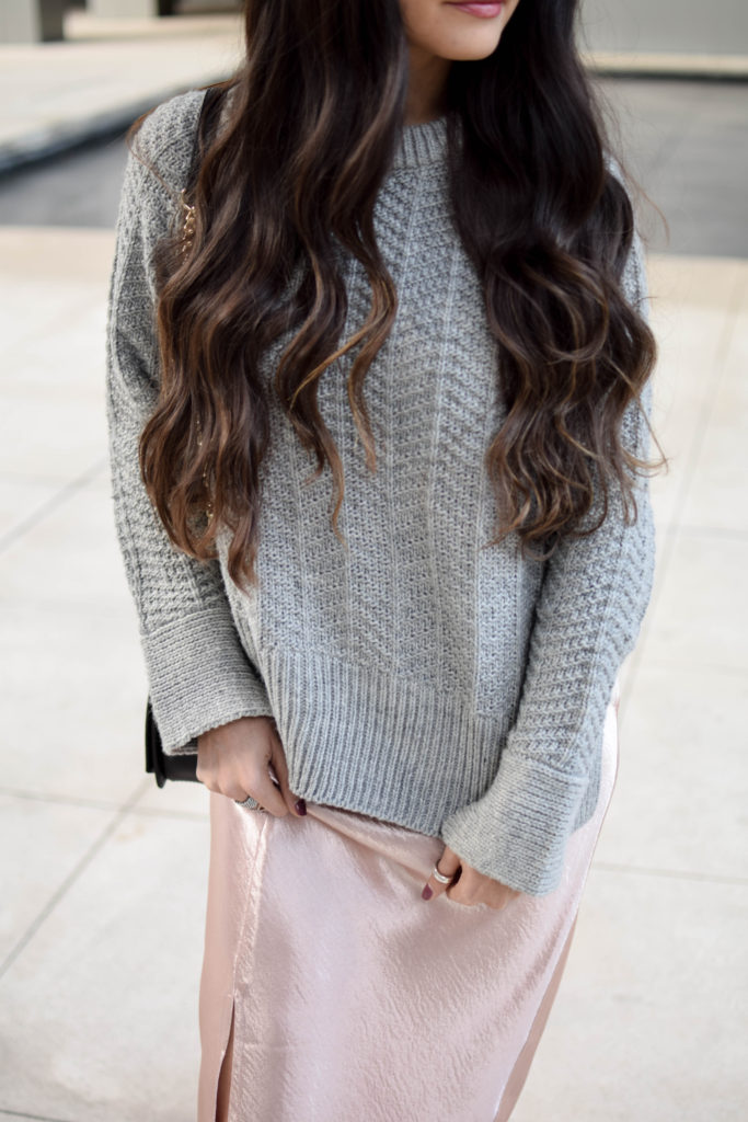 joa-pink-slip-h&m-grey-sweater-2053
