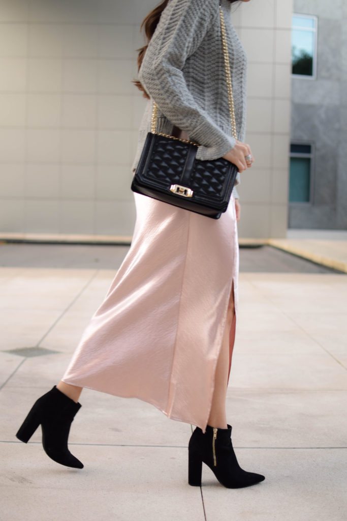 joa-pink-slip-h&m-grey-sweater-2060